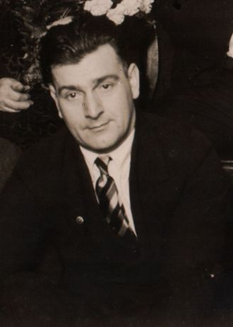Clifford Foster James
