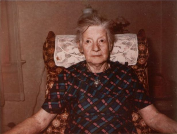 Aunt Eliz pic