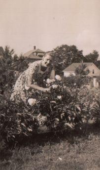Bess outdoor flowers