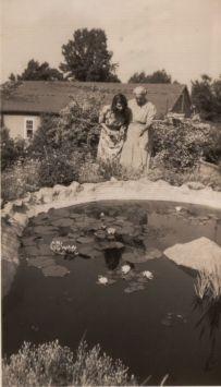 Jane and bert at pool